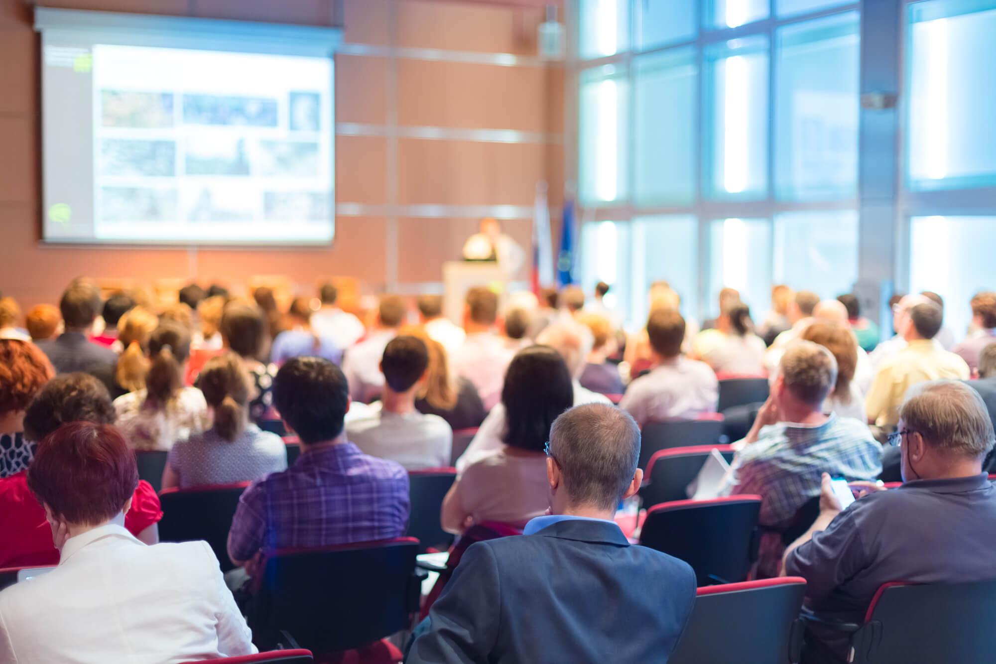 Como manter a organização de um evento enquanto ele é realizado?